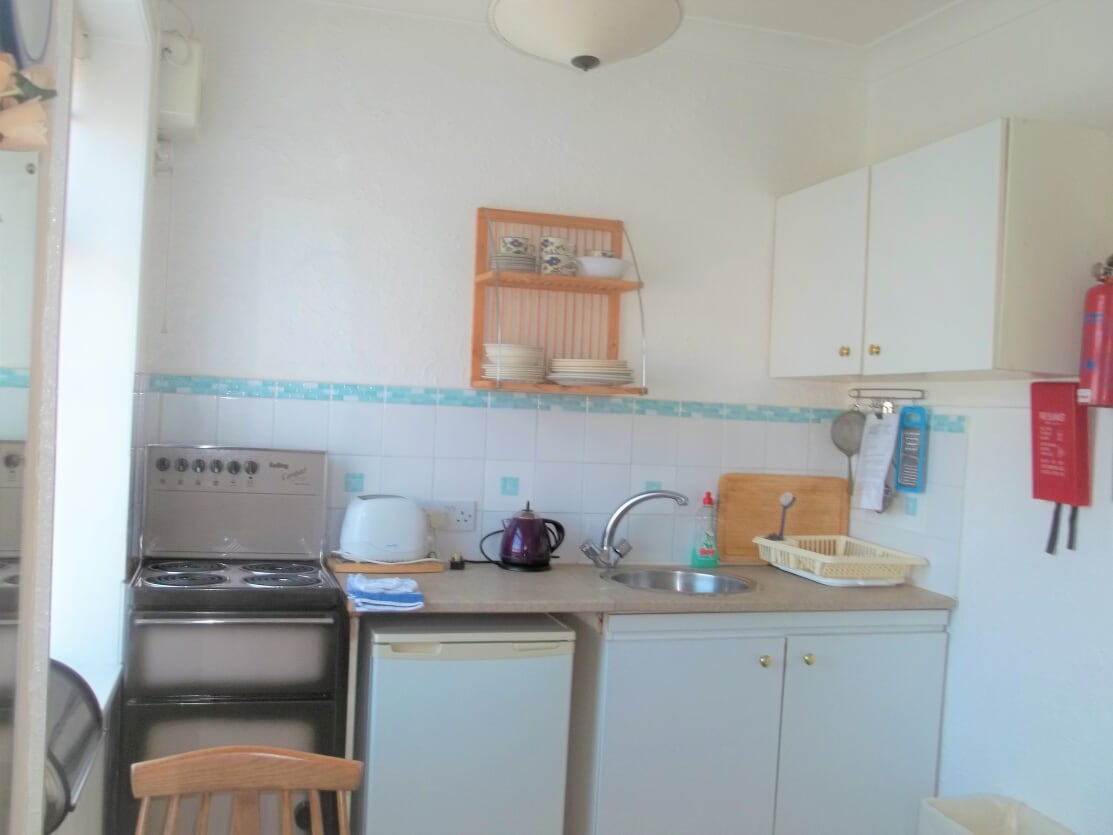 Sunset Beach Holiday Flat 4 - Kitchen